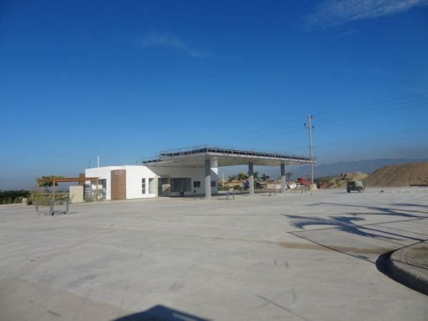 Estacion de Gasolina totalmente nueva + Food Shop + Oficinas | Bienes Raices Republica Dominicana