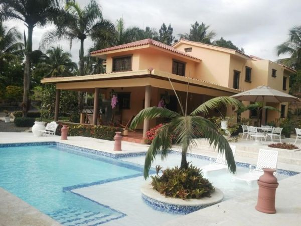 Villa Amueblada  en Rancho Los Mogotes  | Real Estate in Dominican Republic