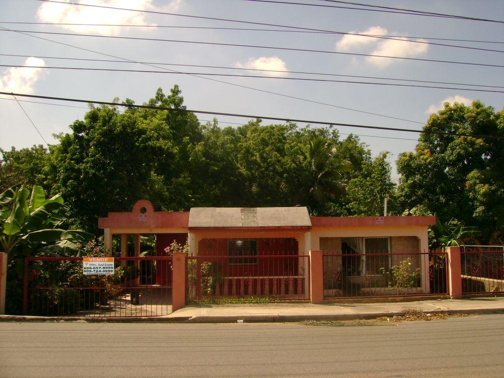 29030 santiago real estate in dominican republic for Furniture stores in santiago dominican republic