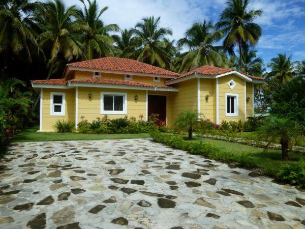 Villa nueva a pocos pasos de la playa | Real Estate in Dominican Republic