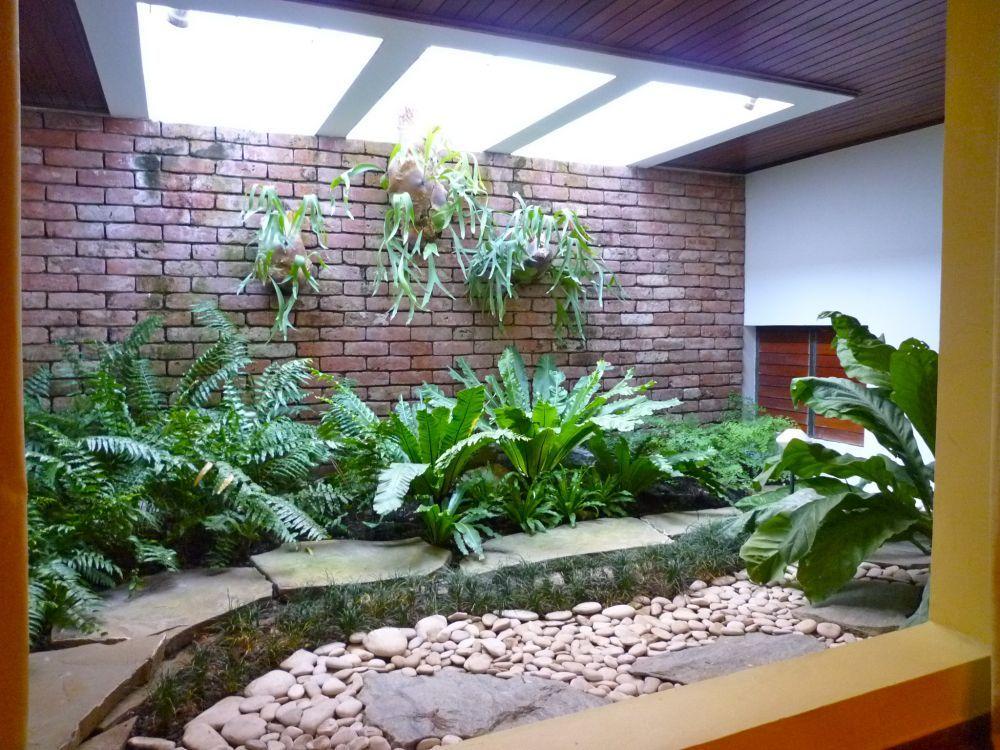 Casas con jardin interior jardines interiores casas for Jardines interiores