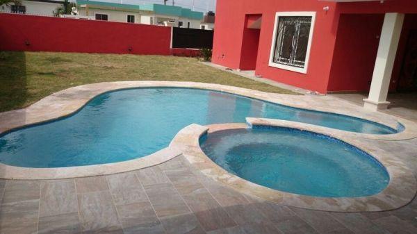 Elegante y moderna casa | Bienes Raices Republica Dominicana