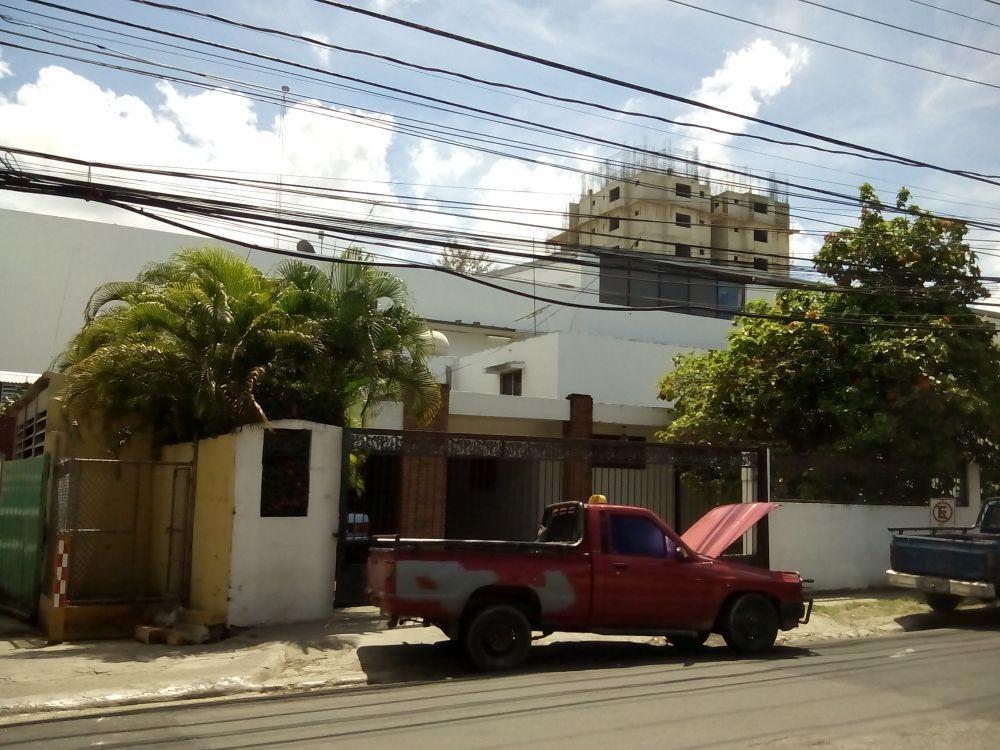 27303 santiago real estate in dominican republic for Furniture stores in santiago dominican republic